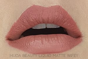 Jak się malować by Marta Malek Nude Love Collection Huda Beauty Liquid Matte Wifey