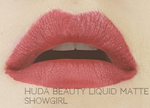 Jak się malować by Marta Malek Red Edition Huda Beauty Liquid Matte Showgirl